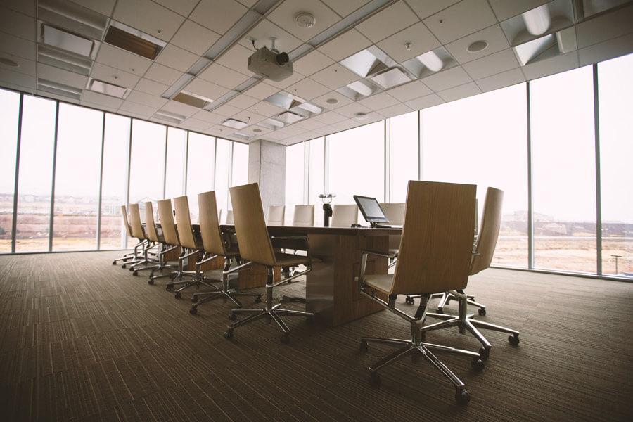 高級そうな会議室
