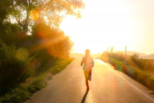 坂道を走る